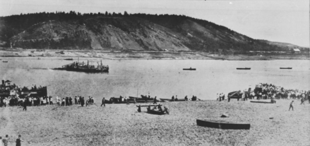 Переправа через р.Томь, 1920-е годы.