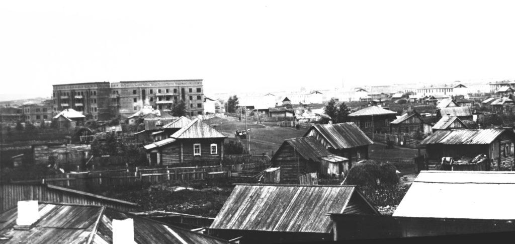 Панорама города (сейчас от кинотеатра Москва в сторону ул.Черняховского), 1936 г.