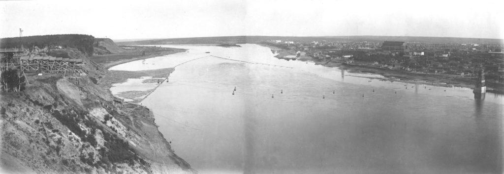 Вид на г.Кемерово с правого берега р.Томь. Начало строительства Кемеровской ГРЭС, 1930 г.