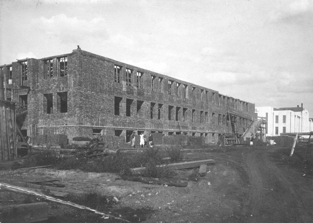 Строительство второго корпуса городской больницы на ул.Островского, 1936 г.