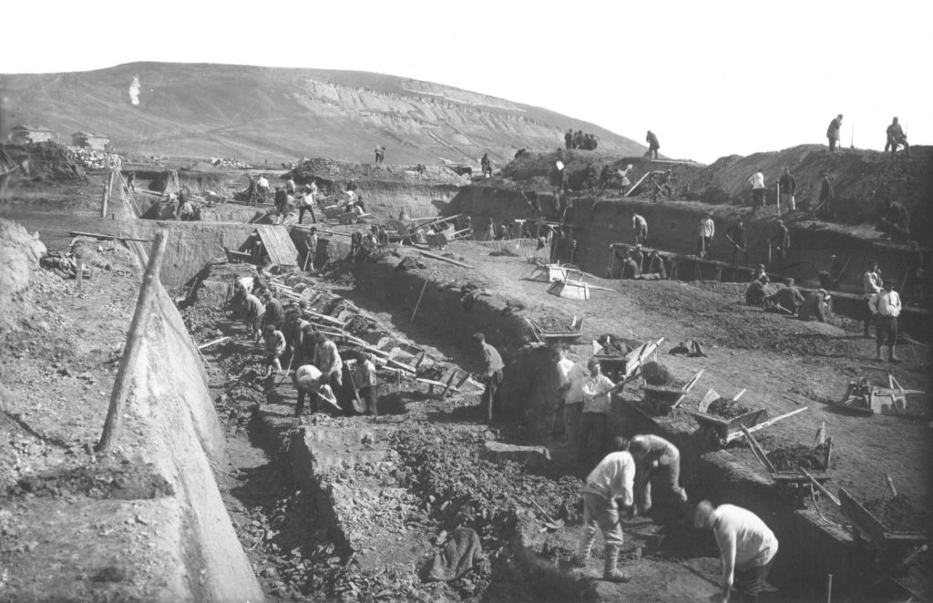 Субботник на новом коксохимзаводе, 1930 г.
