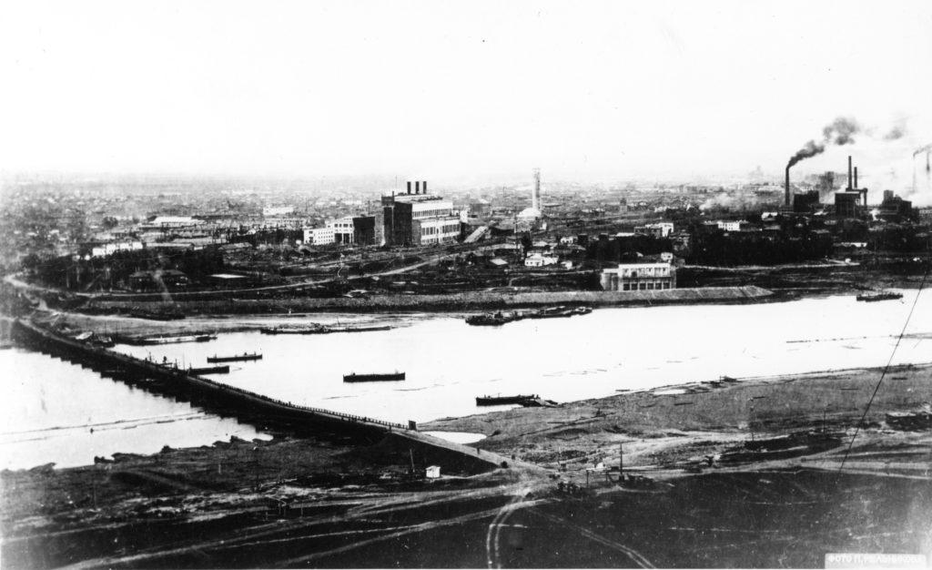 Понтонный мост через р.Томь. г.Кемерово, 1941 г.