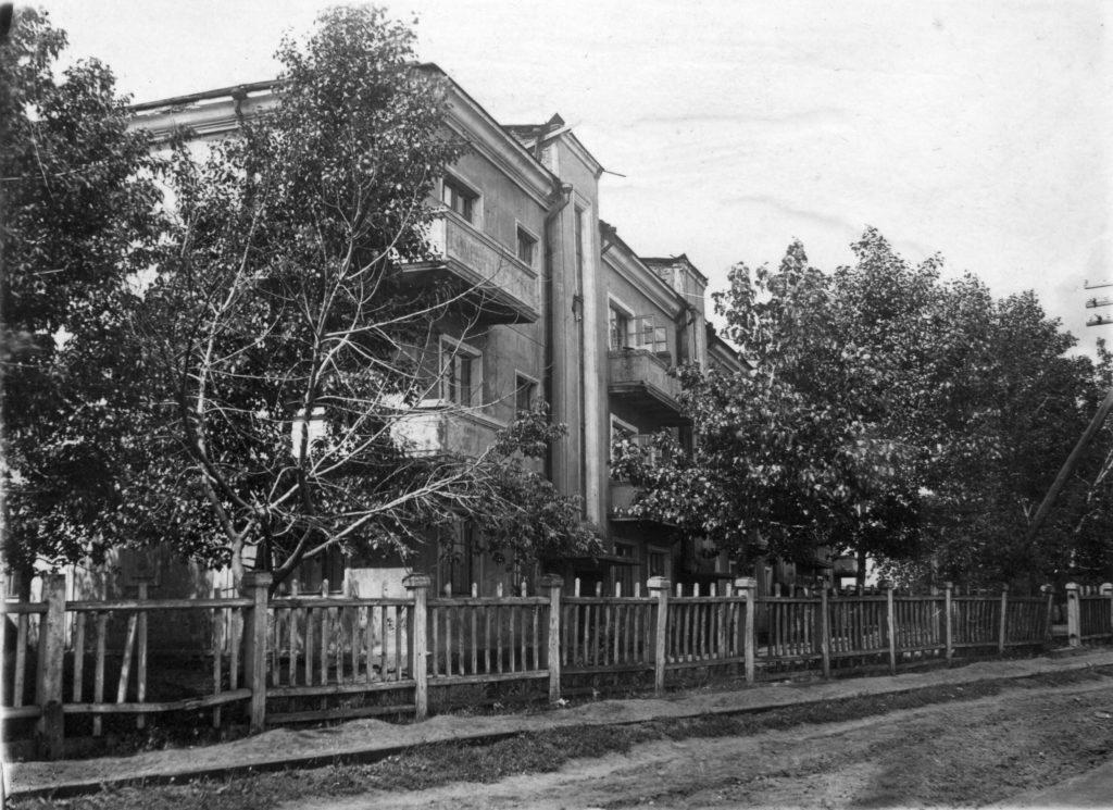 Жилой дом N37 КХЗ, 1947 г.