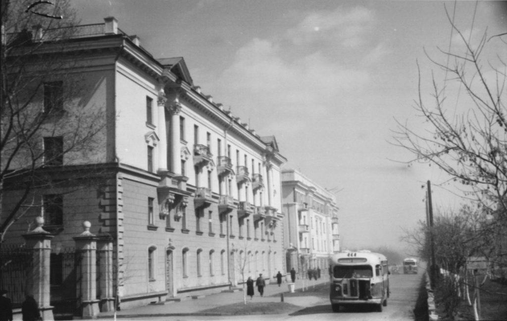 Жилые дома на ул.Островского, 1955 г.