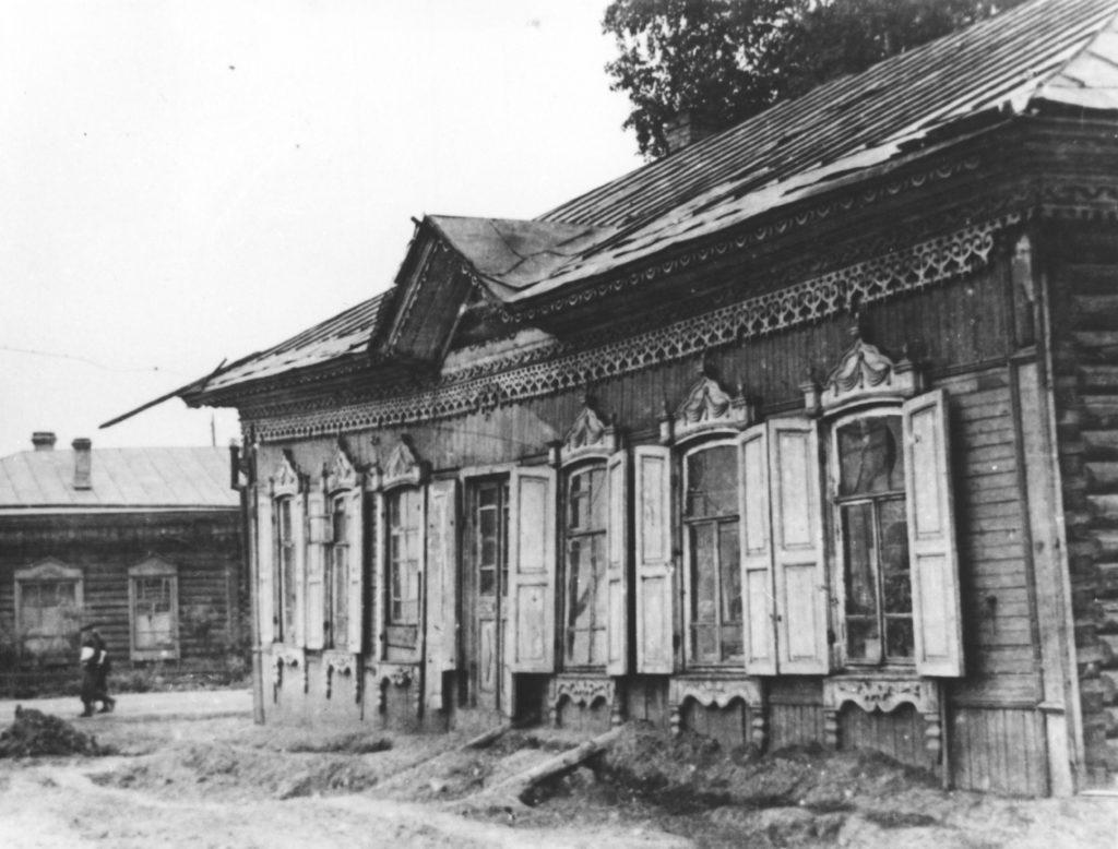 Здание бывшей Щегловской гимназии по пр. Советскому, 1959 г.