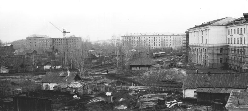 На этом месте будет площадь Волкова, 1958 г.