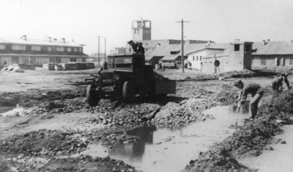 Грузовик, 1950-е годы.