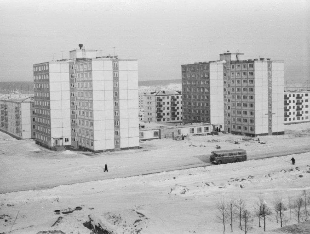 Новые жилые дома на пр. Ленина в районе кинотеатра Юбилейный, 1967 г.