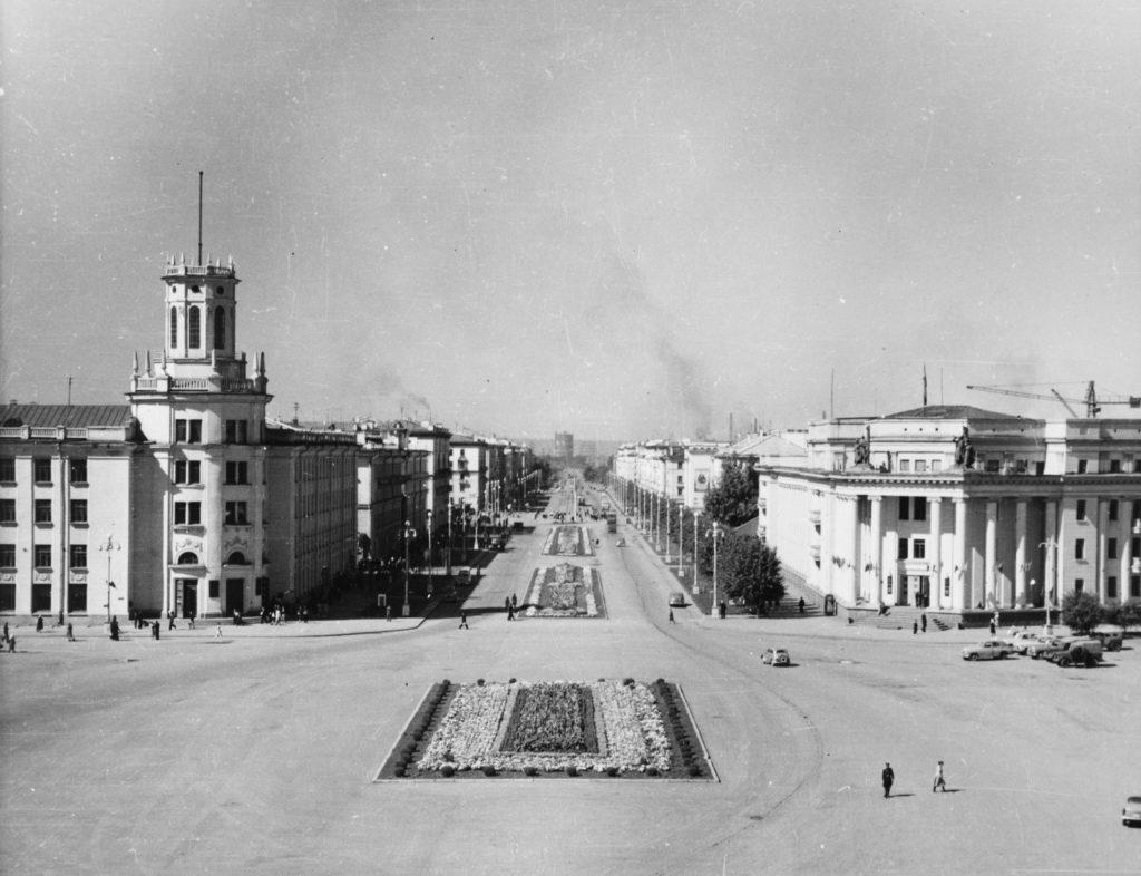 Площадь Советов и Советский проспект, 1960-е годы.