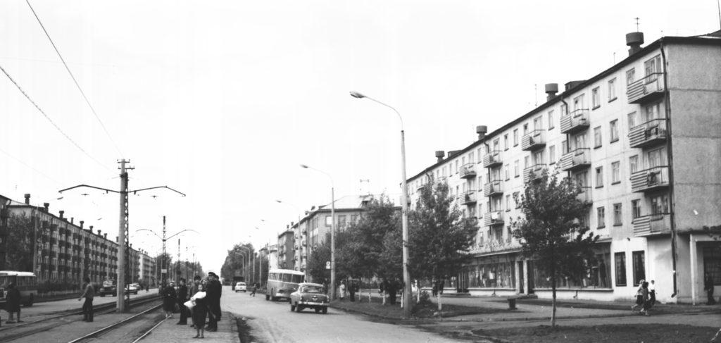 Улица Гагарина (сейчас пр. Ленина), 1960-е годы.