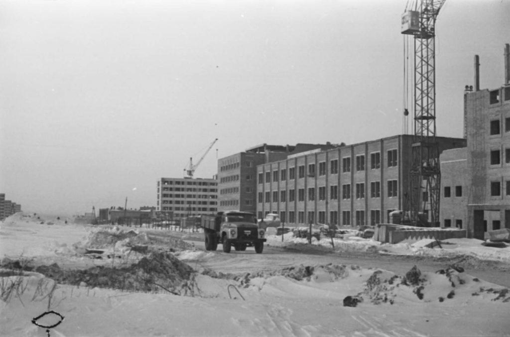 Строительство нового редакционного корпуса газеты Кузбасс и Комсомолец Кузбасса, 1978 г.