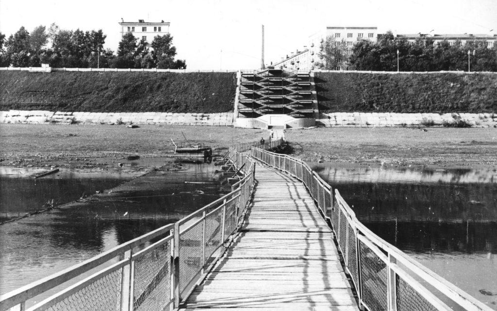 Спуск на берег р. Томь, 1970-е годы.