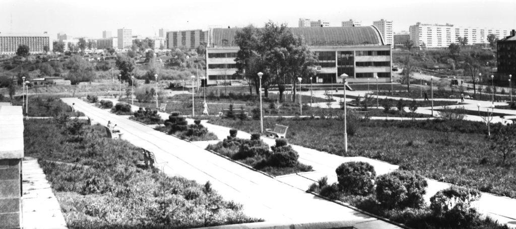 Часть Университетской площади, 1970-е годы.