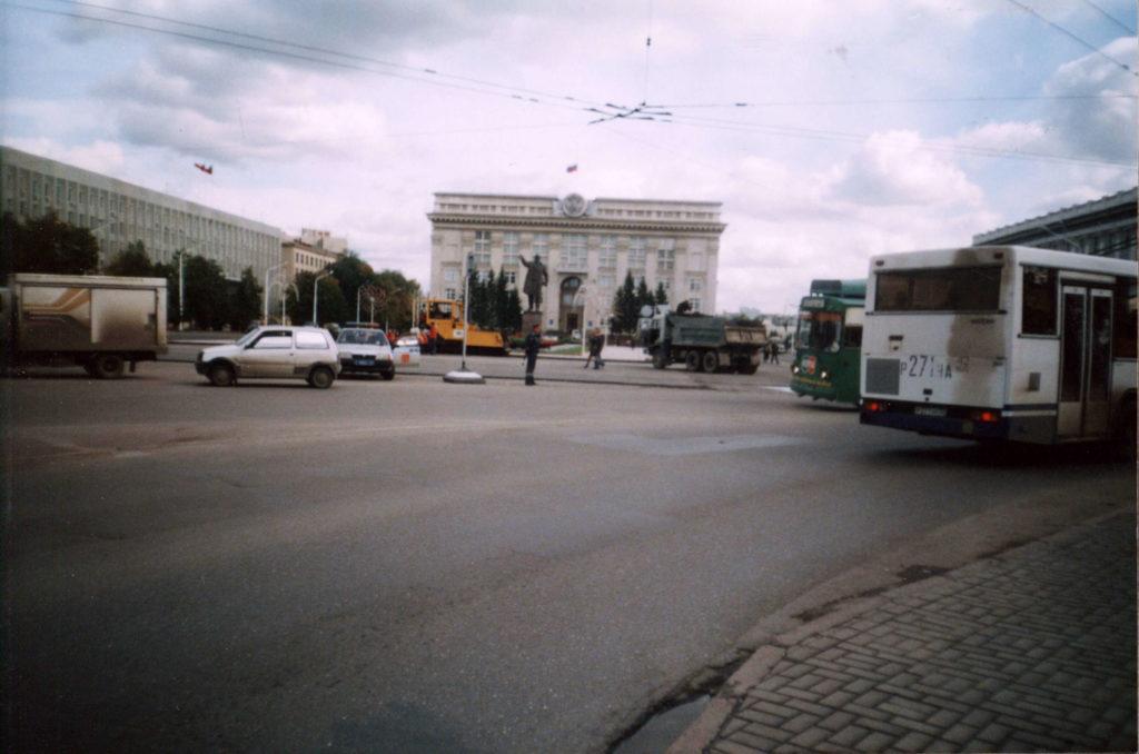 Площадь Советов, 2004 г.