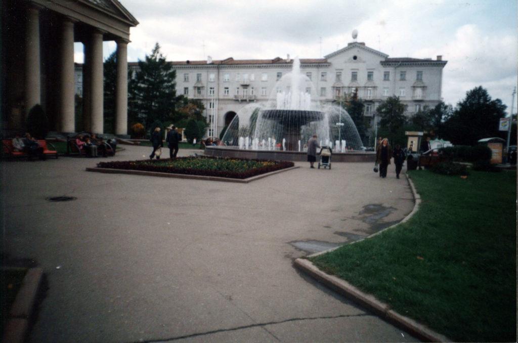 Театральная площадь, 2004 г.