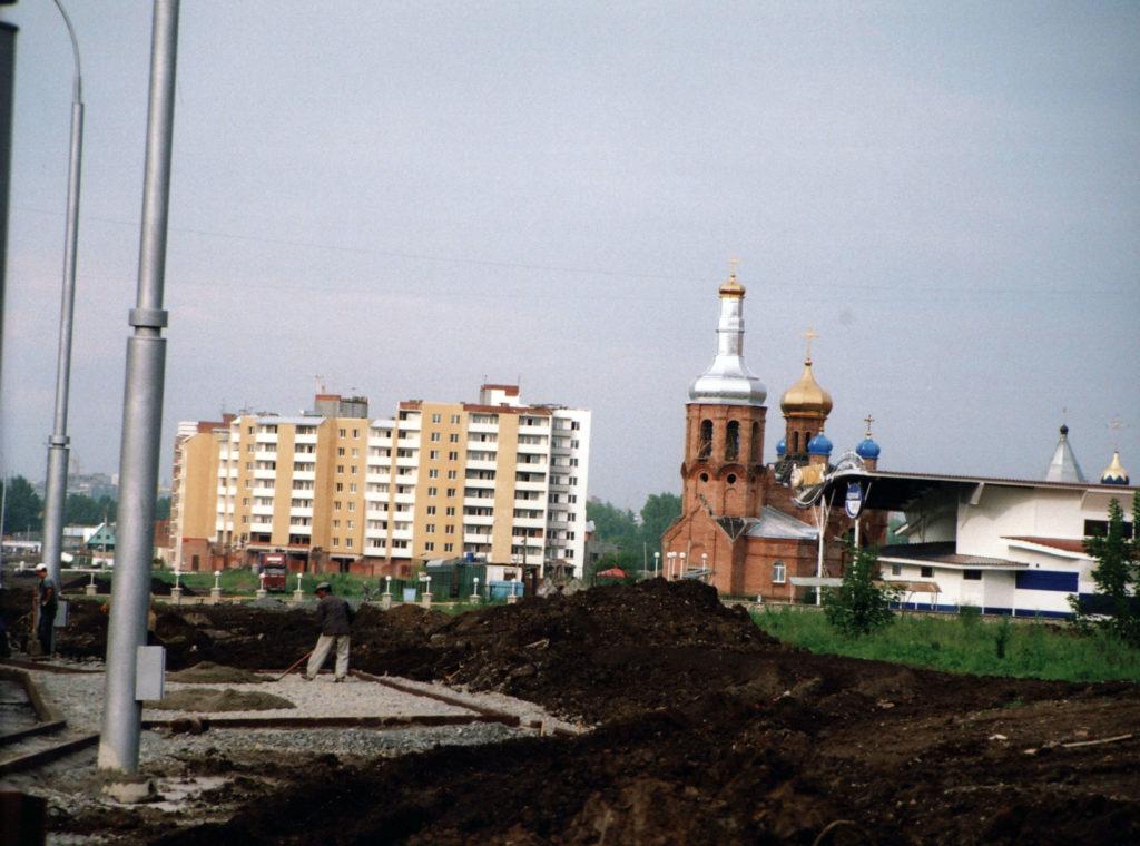 Обустройство остановочных пунктов на ул.Двужильного, 2005 г.